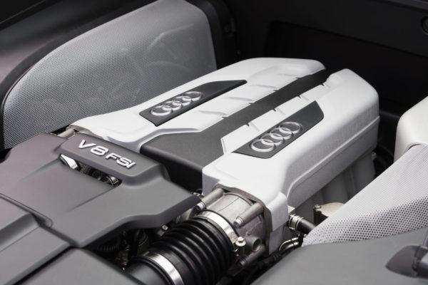 Audi V8 FSI engine